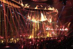 Lady Gaga arranca gira mundial con increíble escenario