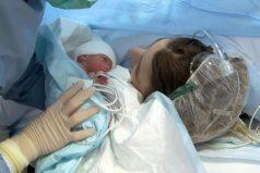 Los bebés recuerdan la primera lengua que escuchan