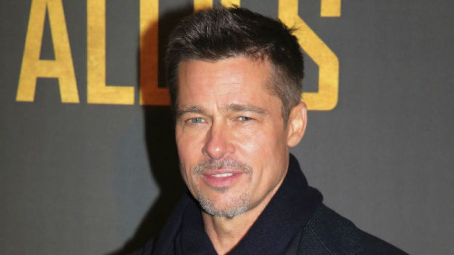 ¿Igual de sexy que Angelina? Brad Pitt tendría romance con esta famosa actriz
