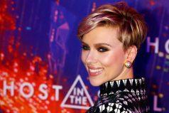Así reaccionó Scarlett Johansson al conocer a su doble de 72 años