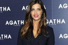 Sara Carbonero 'copia' el look de una famosa bloguera de moda