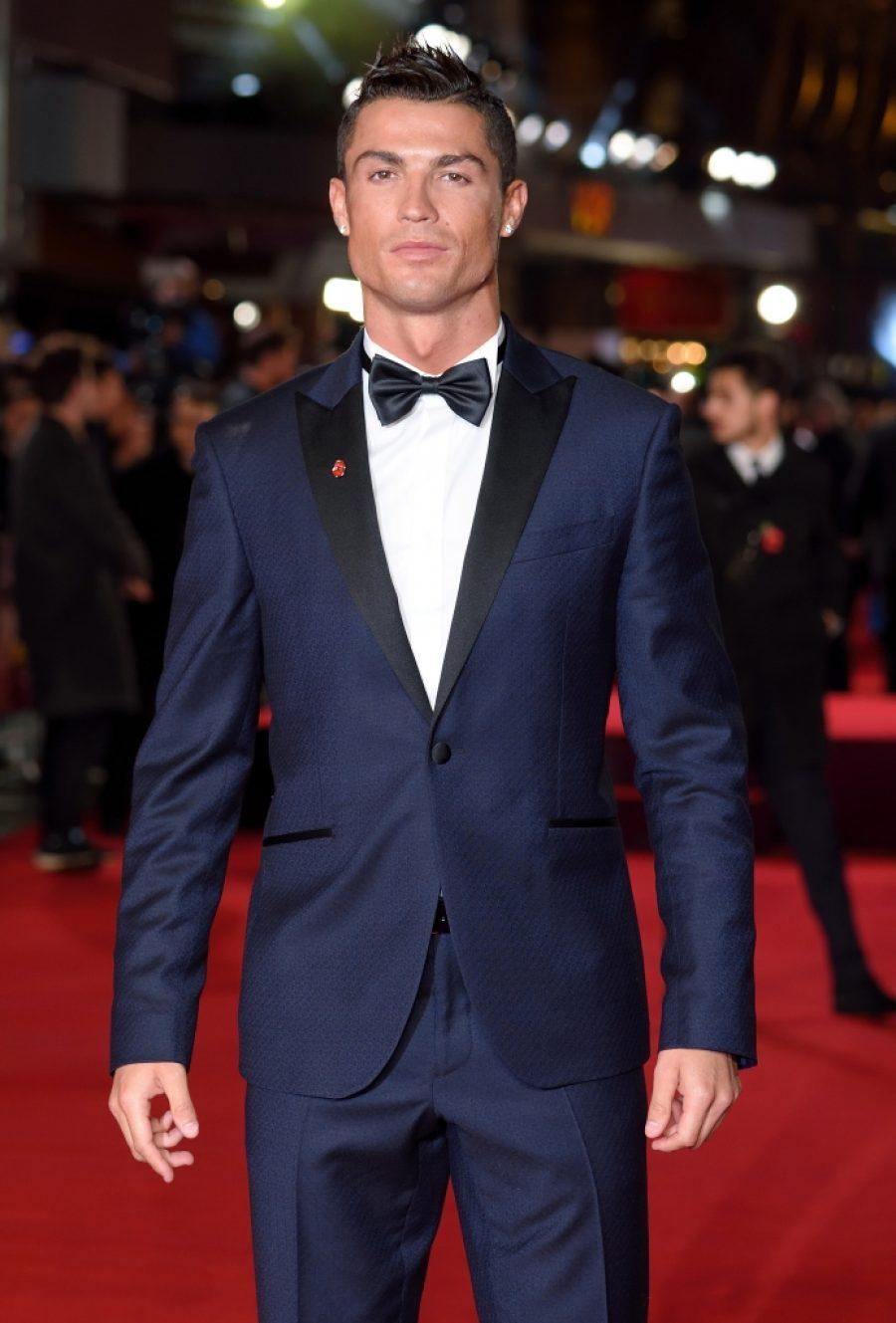 Cristiano Ronaldo será papá de gemelitos