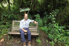 De presidente de McDonald's a ermitaño vegetariano: el empresario que lo dejó todo