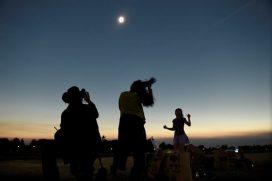 Así se vive el eclipse solar en el mundo