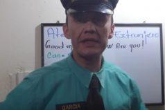 De admirar: El vigilante que se volvió bilingüe y ahora abrió canal de youtube